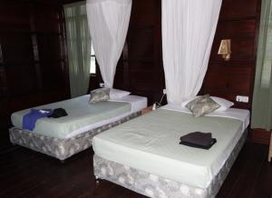 Thalassa room inside