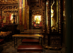 Longshan Temple 01