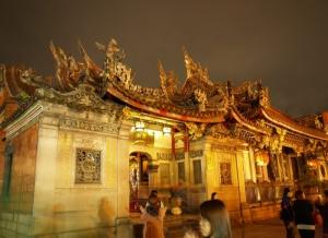Longshan Temple 03